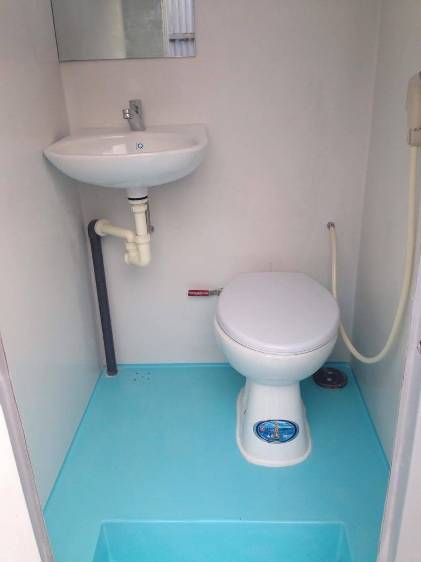nguyên lý hoạt động của nhà vệ sinh di động